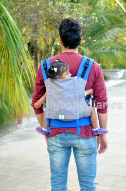 Back Carry in a Standard Full Buckle